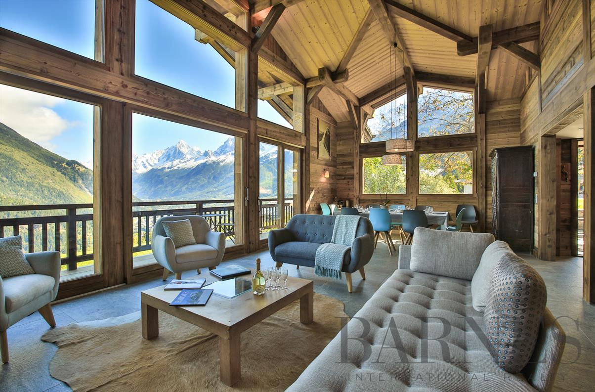 See details CHAMONIX MONT-BLANC Villa 7 rooms, 5 bedrooms